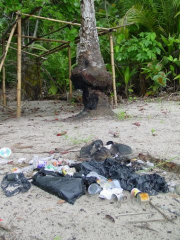 Photo 7. Rubbish left by campers on Paria bay.